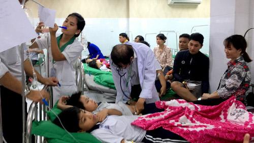 học sinh hải phòng nhập viện